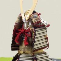 五月人形は国宝模写 褄取白糸威模写鎧平台飾り  商品番号 No321-C