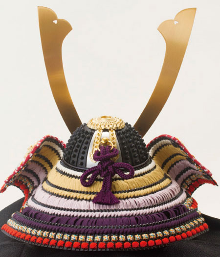五月人形 御岳神社所蔵  重要文化財模写 紫裾濃威鎧 兜平台飾り