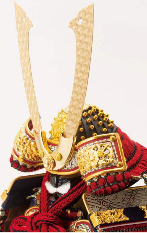 黒小札赤糸(茜糸)威鎧ミニ焼桐平台飾りセット