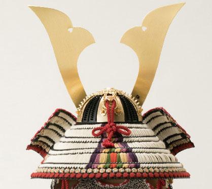五月人形は国宝模写 褄取白糸威模写鎧平台飾り  No321-C
