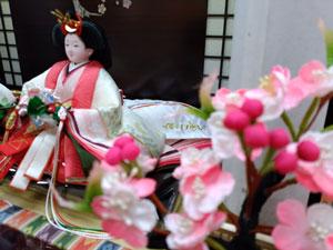 雛人形・塗り台京小十番親王飾り 商品番号 No1018 桜橘